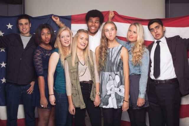 studenti-iz-drygix-stran