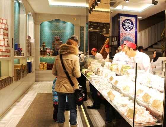 sweets-shop3